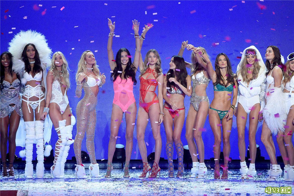 Victoria's Secret Fashion Show 2015..jpg