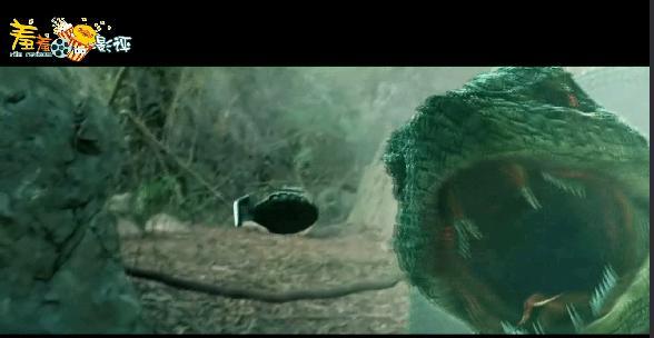 国产恐怖片!森林巨蛇大开杀戒!