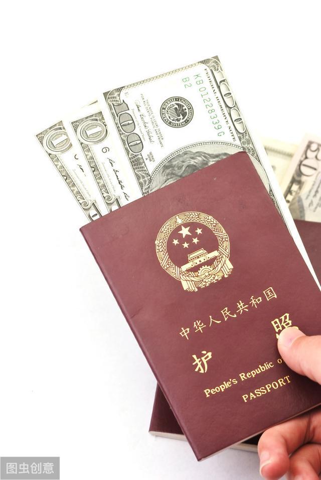 章子怡赴美产子;房祖名瞒成龙改回中国籍。子女不会认可父母决定