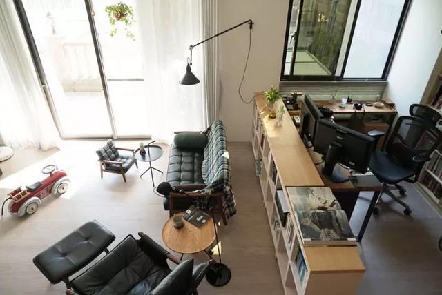 """客厅除了""""沙发+茶几+电视墙""""的模式,还有其它选择吗?"""