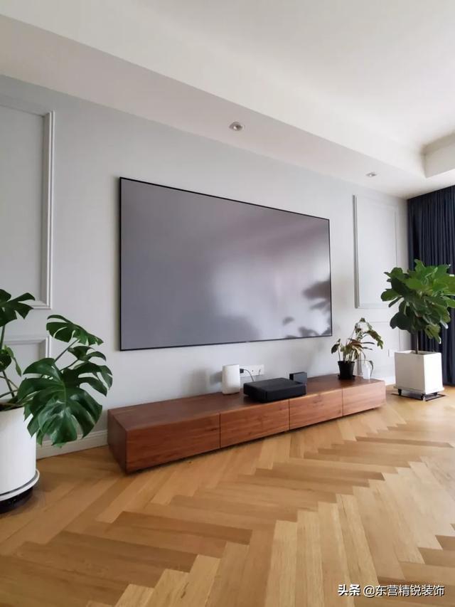 客厅不放电视机,怎么设计实用好看?