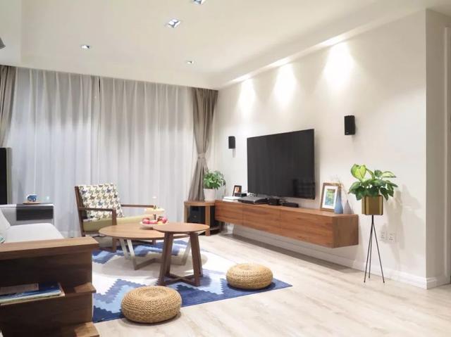 电视机壁挂安装,装出简洁的电视墙,看起来就很大方