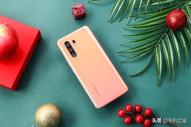 性能与颜值俱佳 热门5G手机推荐